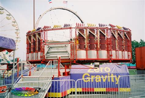 darton s zero gravity a second generation roundup amusement ride extravaganza
