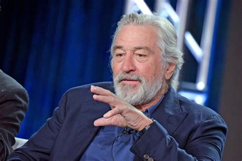 rober de niro robert de niro on donald everybody has to be on