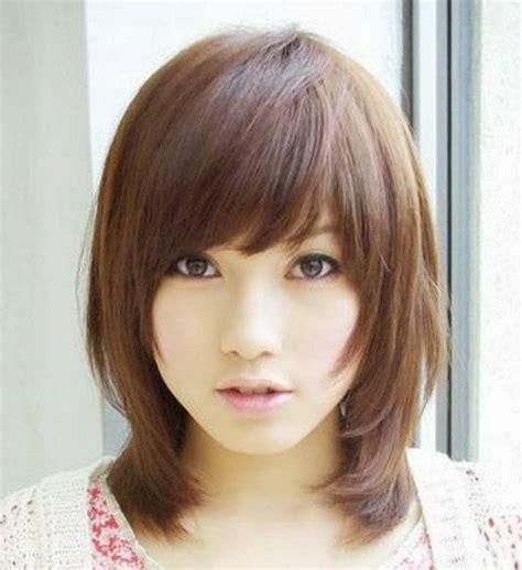 tips memilih model rambut pendek  wajah bulat