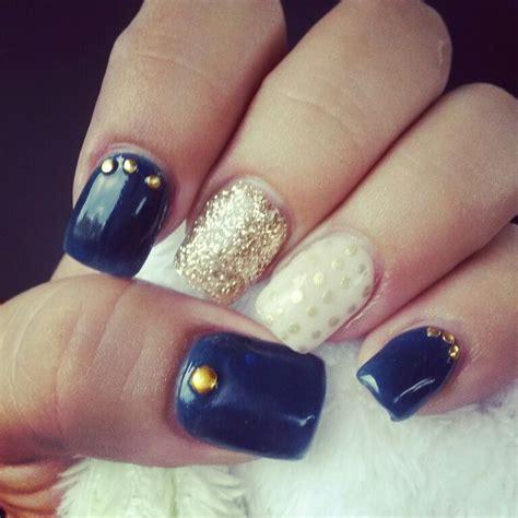 imagenes de uñas de acrilico color azul las 25 mejores ideas sobre u 241 as azul marino en pinterest y