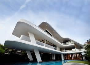 world of architecture modern mansion defined by curves