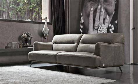 divani comodissimi divano in nabuk s 236 o no e se invece fosse salotto