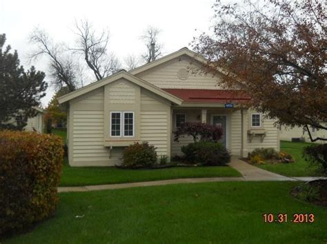 cottage for sale wisconsin 1779 cottage dr 709 lake geneva wi 53147 foreclosed