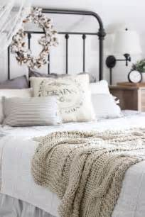 Farmhouse Style Bedroom 25 best ideas about farmhouse bedrooms on pinterest