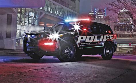2020 ford utility this is the 2020 ford explorer in cop car form at least