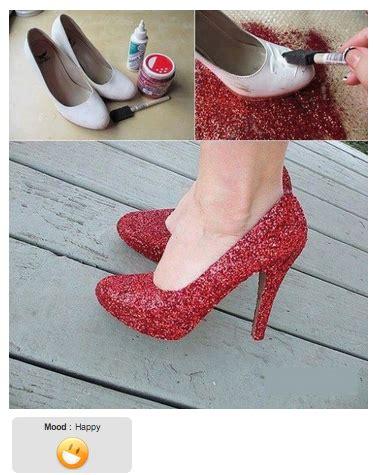 diy decorar tus zapatos con cuentas diy hazlo t 250 mismo decorar zapatos con brillo la