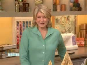 12 03 09 magazine christmas trees video martha stewart