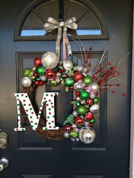 40 appealing christmas main door decoration ideas all most loved christmas door decorations ideas on pinterest