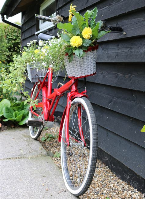 Bicycle Flower Planter by How To Create A Vintage Bicycle Planter