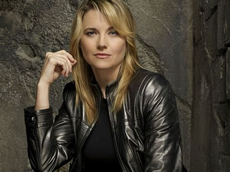 lucy lawless actress lucy lawless actress hot wallpapers