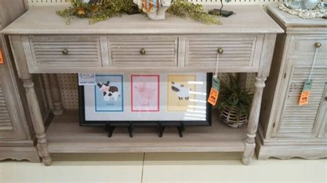 bought   table furniture    pinterest lobbies console tables