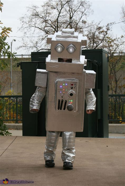 homemade robot costume mind blowing diy costumes