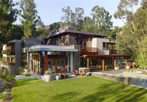 unique eco homes https www renoback com granite dom na kanionem połączenie betonu stali i drewna w