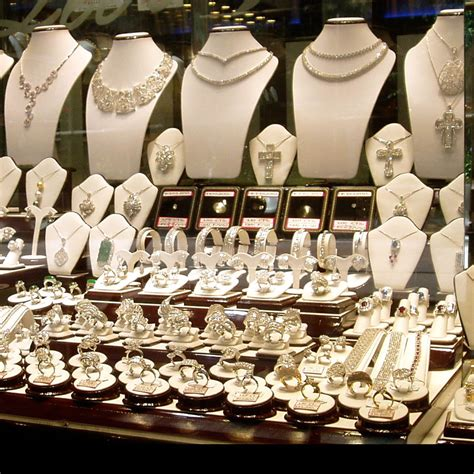 jewelry nyc nyc jewelry stores where to find the best diamonds