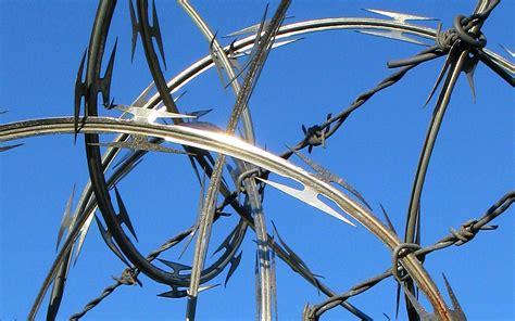 razor wire sefcon