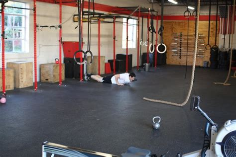 bodyweight bench press crossfit monday workout back squats and a bodyweight wod