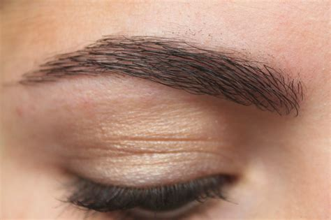 Maybelline Brow review maybelline brow drama sculpting brow mascara