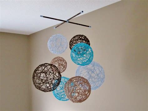 Stringdecoration Mobile Balloon Miniature Papercraft yarn around balloons elmers glue could make these with a small opening in the top and use as