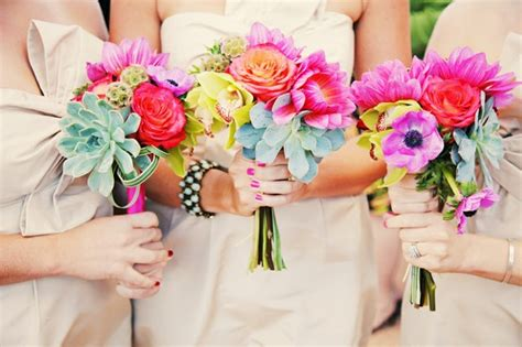 Wedding Day Bouquet by Wedding Day Bouquet Ideas To Complement Your Ensemble