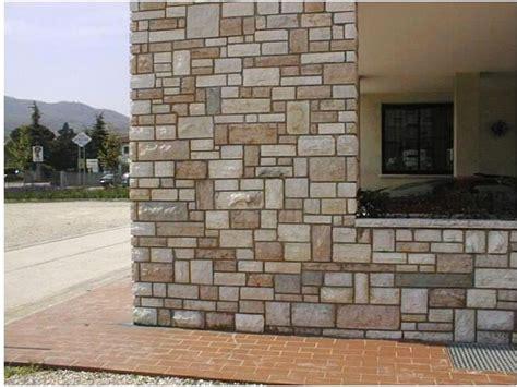 muri rivestiti in legno rivestimenti muri esterni in pietra con l era della pietra