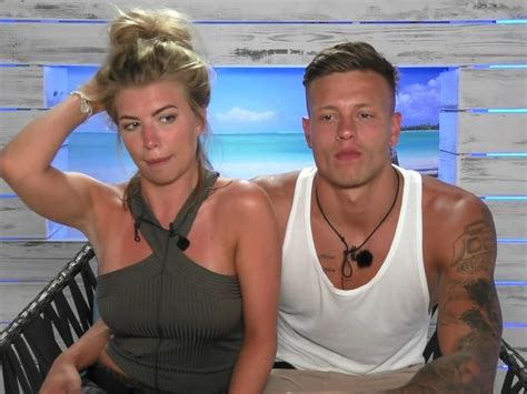 love island alex bowen and olivia buckland so happy nach miss great britain reality star hat wieder tv sex