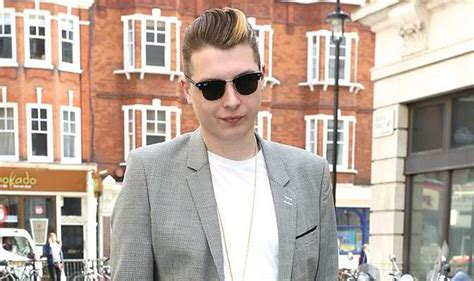 how to john newman hair style london grammar and john newman lead the way on ivor