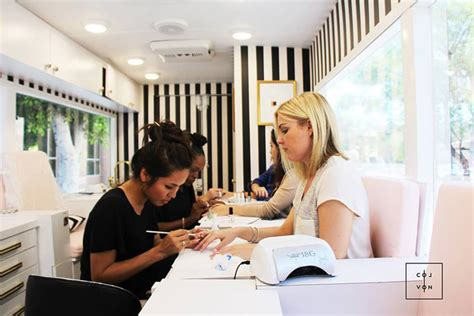 manicure salon introducing colvon the luxe nail salon on wheels