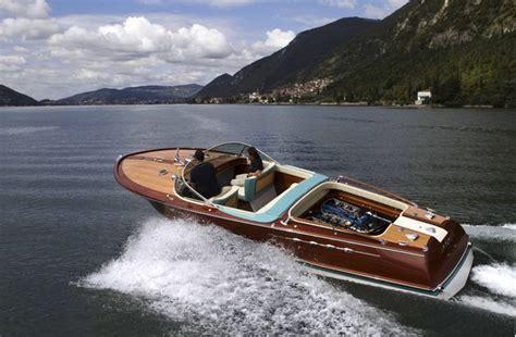 boot te koop riva collectors item riva aquarama lamborghini sportboot te koop