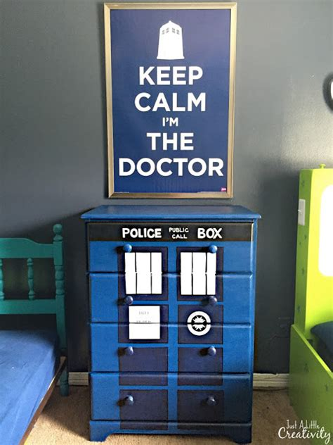 tardis couch hand painted dr who tardis dresser just a little creativity