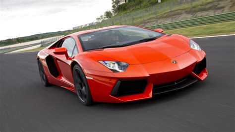 when did the lamborghini aventador come out 28 images