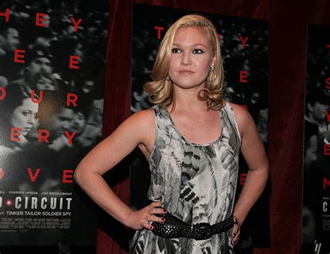 julia styles transgender is julia stiles a transgender new style for 2016 2017