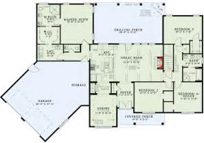 split floor plans with angled garage 60615nd
