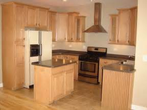 good Pictures Of Kitchens With Maple Cabinets #1: cabinet-surface-natural-maple-kitchen-cabinets.jpg