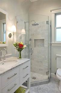 Bathroom Pictures Ideas 25 Best Ideas About Small Bathrooms On Pinterest