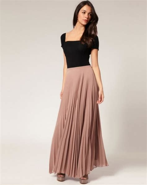 what to wear with skirts the best way to wear