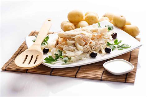 letto di patate ricetta baccal 224 mantecato su letto di patate al forno
