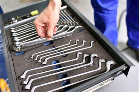 gute autowerkstatt kfz reparatur in der werkstatt hilfreiche tipps und infos