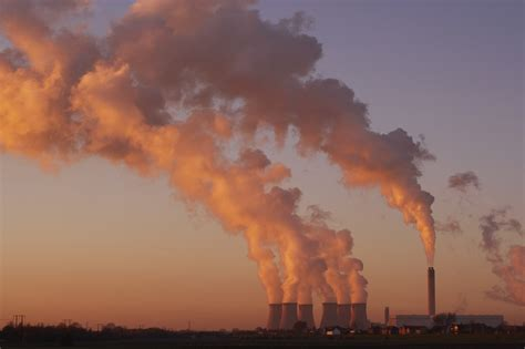 eea outlines emissions  industrial facilities