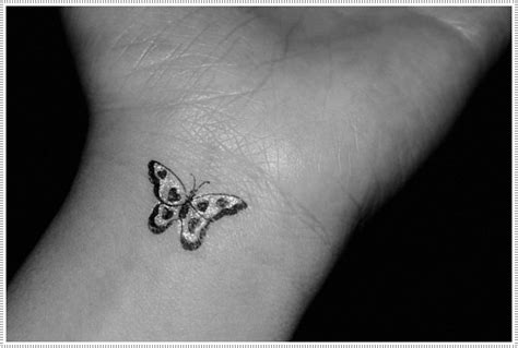 small girly tattoos on wrist 101 small tattoos for that will stay beautiful