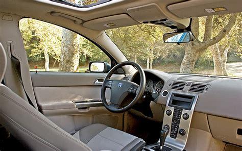 Karpet Comfort Deluxe Volvo S40 2005 volvo s40 t5 awd term review motor trend