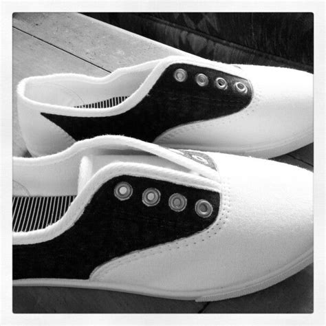diy saddle shoes 17 best images about 50 s ideas on