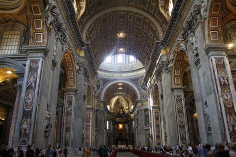 basilica san pietro interno interno della basilica di san pietro viaggi vacanze e