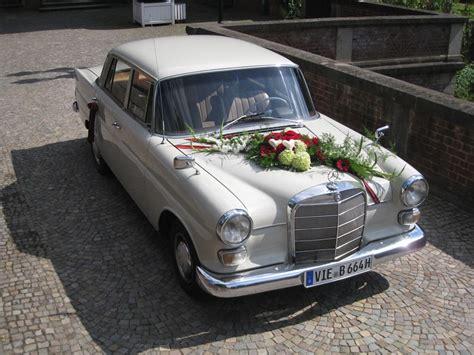 Hochzeits Auto by Mercedes Heckflosse 200 Der Oldtimerfahrer Mieten