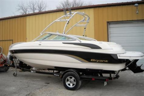 bryant boats for sale in missouri bryant new and used boats for sale