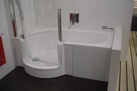 badewanne zum duschen badewannen mit duschen integriert fliesen fieber