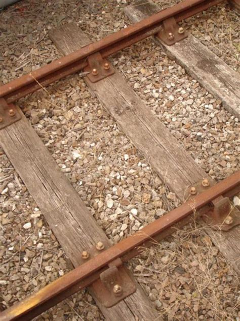 size weight of railway sleepers