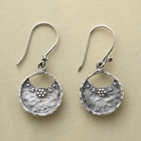Marketing Handmade Jewelry - best 25 silver market ideas on tablecloths