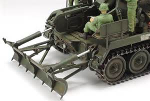 Model Kit Tamiya 135 Russian Self Propelled Gun Su 76m Su76 tamiya 1 35 scale u s self propelled gun m107 war at mighty ape nz
