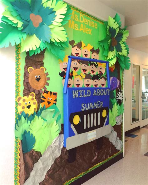 mi themes create safari bulletin board preschool bulletin boards