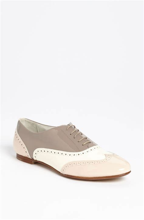 colored oxford shoes attilio giusti leombruni tri color oxford in beige bonbon